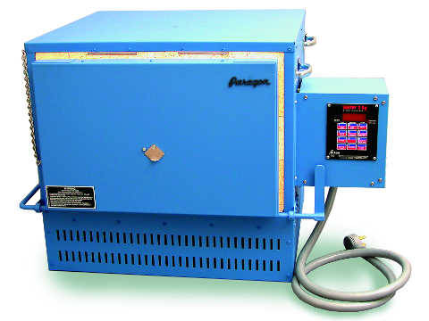 Paragon HT22 Furnace With A Sentry Programmer For Heat Treating, Knife Making, And Glass Work.