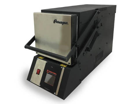 Paragon KM18T Pro 3-Zone Knife-Making Kiln With A Guillotine Door.