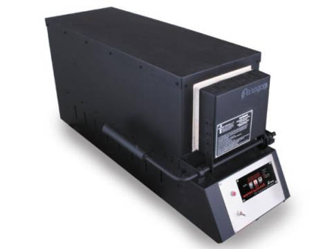 Paragon KM24T Knife-Making Kiln With A Sentry Xpress Programmer.