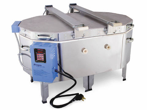Paragon Fusion Ovation Glass Kiln With A Sentry Programmer.
