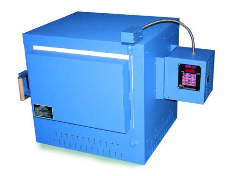 Paragon PMT18 Furnace With A Sentry Programmer For Heat Treating, Ceramics, and Glass.