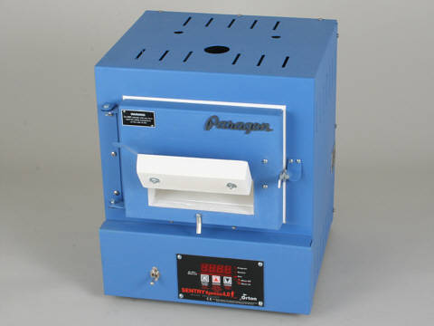 Paragon SC2B Bead-Door Blue Bead Annealing Kiln With A Sentry Xpress Programmer.