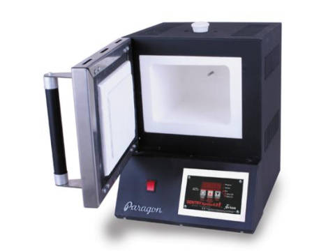 Paragon SC2 Pro Jewellery And Enamelling Kiln With A Sentry Xpress Programmer.