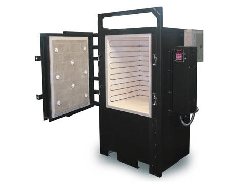 Paragon Super Dragon-27 Kiln With A Sentry Programmer For Ceramics, Glass, Heat Treating, And Pottery.