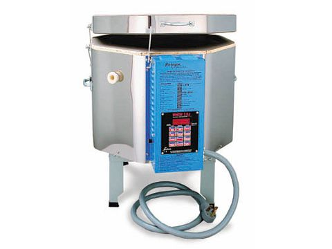 Paragon TNF1613 Ceramics, Porcelain, Pottery, And Glass Kiln With A Sentry Programmer.
