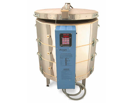 Paragon TNF 28-3 Ceramics And Glass Kiln With A Sentry Programmer.