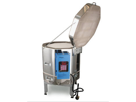 Paragon Vulcan Ceramics And Glass Crucible Kiln With A Sentry Programmer.