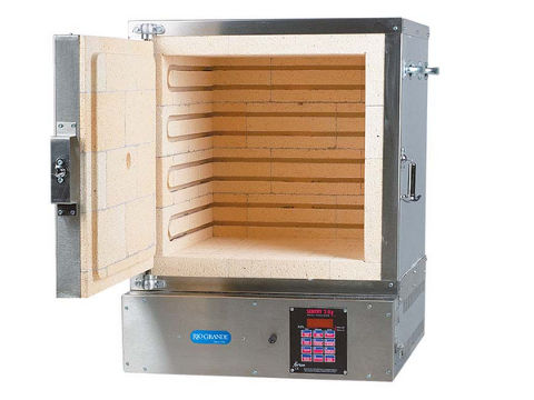 Paragon W-18 Oven With A Sentry Programmer For Casting, Jewellery Moulds, Lost Wax Burnout, And Enamelling.