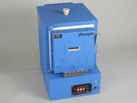 Paragon Xpress E12 Bead Kiln With A Sentry Xpress Programmer.